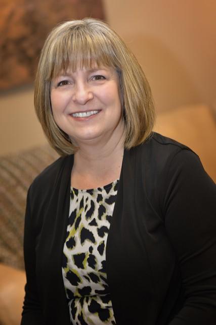 Maureen (Mo) Guthmueller : Design Consultant